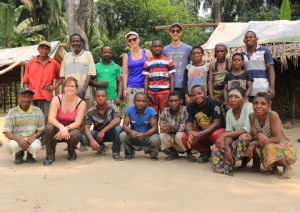 ExCiteS team with research assistants and participants in Gbagbali