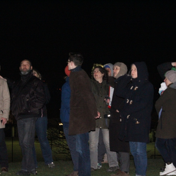 Guests at Burgess Park seeing Jupiter, Mars and Orion from London